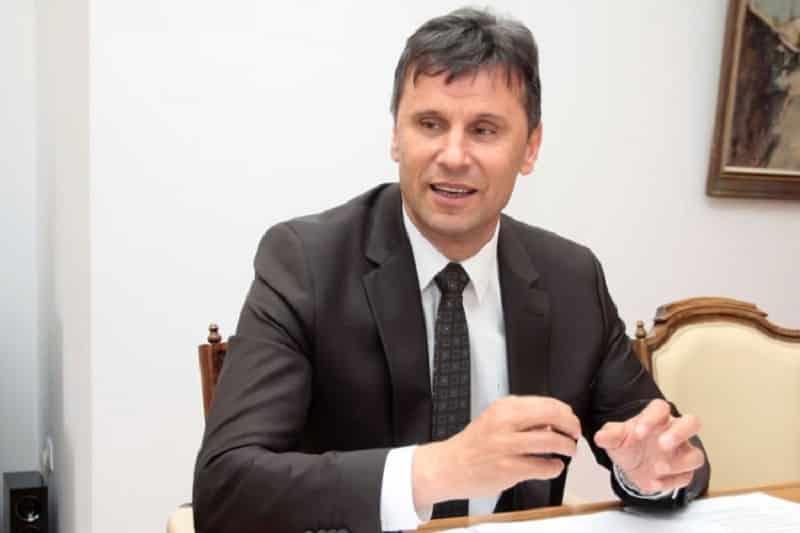 Federalni premijer Fadil Novalić: Najbolje bi bilo da raspodjelu PDV-a riješimo mimo suda