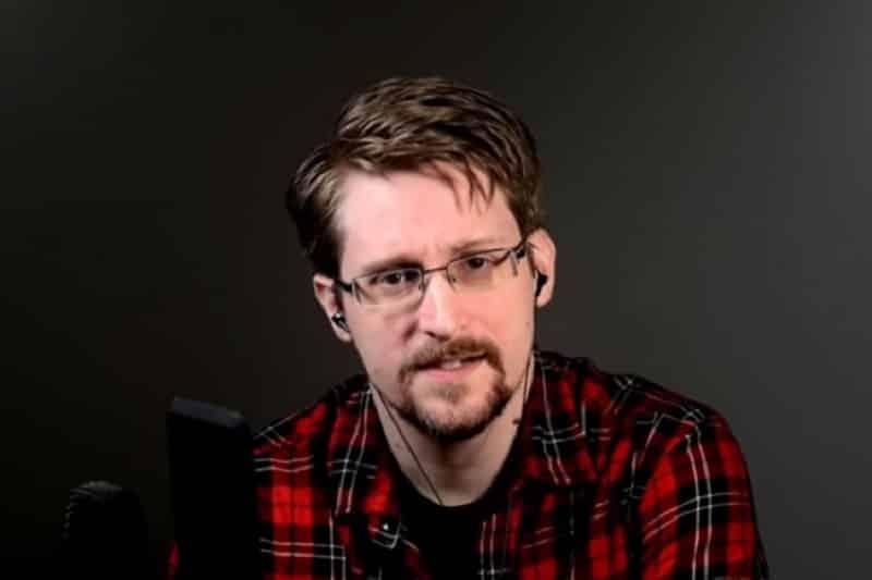 Snouden objasnio kako vas špijunira vaš telefon i šta možete uraditi