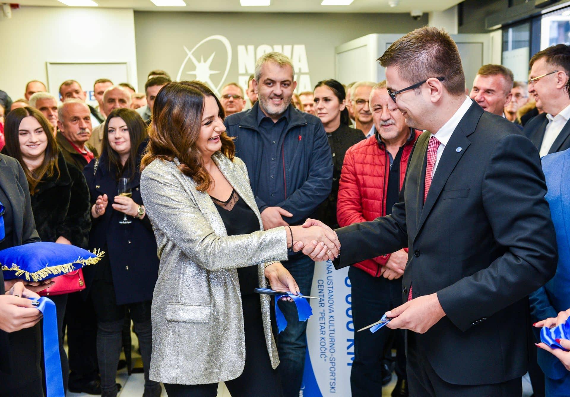 Svečano otvorena filijala Nove banke u Mrkonjić Gradu