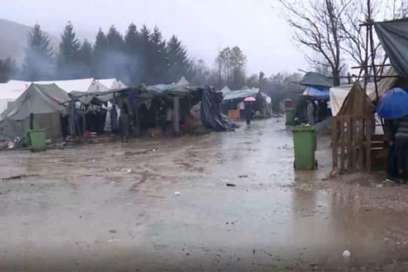 Kiša poplavila kamp na Vučjaku, vjetar uništio šatore