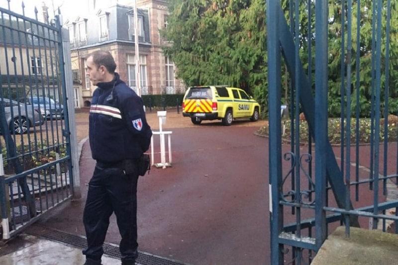 Drama u Francuskoj: Upucan gradonačelnik, napadač se ubio