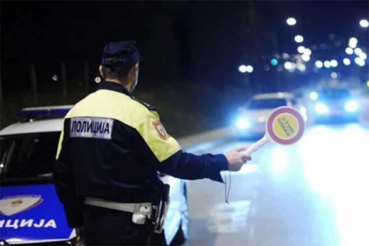 BMW-om bježao od policije, prijetio tokom hapšenja
