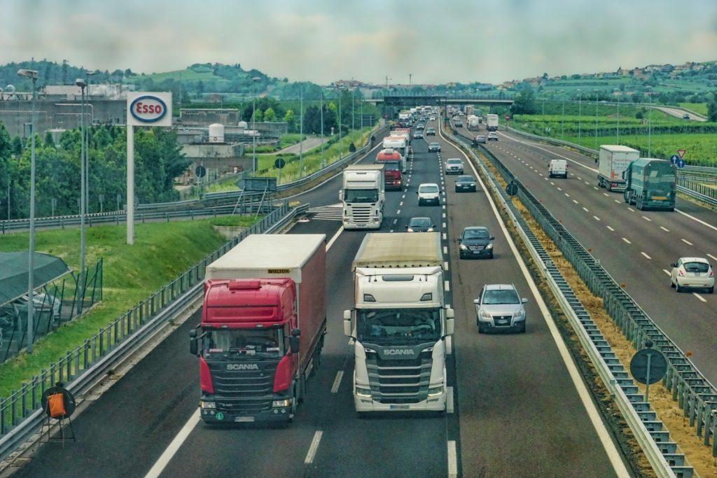 Usvojena nova pravila za uslove rada vozača kamiona