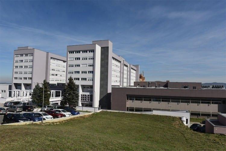 Novi zdravstveni kapaciteti za kovid pacijente: Podijeljen UKC RS