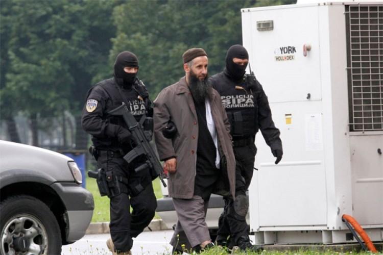 Bilal Bosnić traži dopust da bi prisustvovao sahranama sina i brata