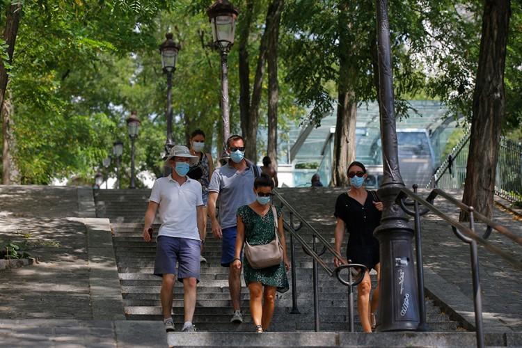 Maske obavezne i na ulicama Pariza