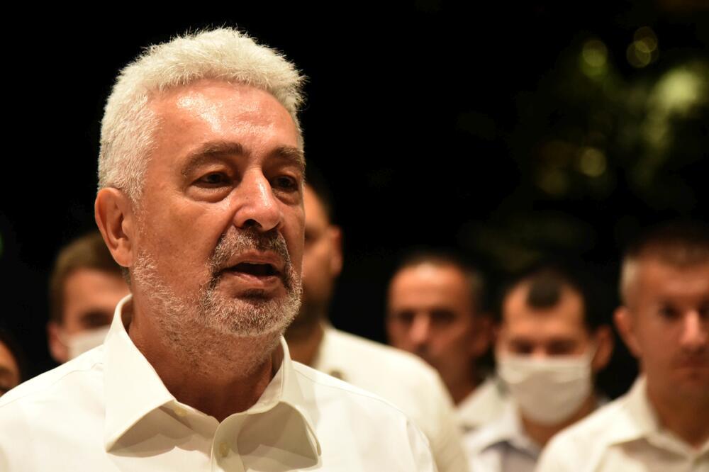 Ko je čovjek koji je crnogorsku opoziciju doveo do pobjede
