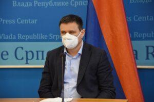 Đajić: Pred nama težak talas, maske nositi i u kući