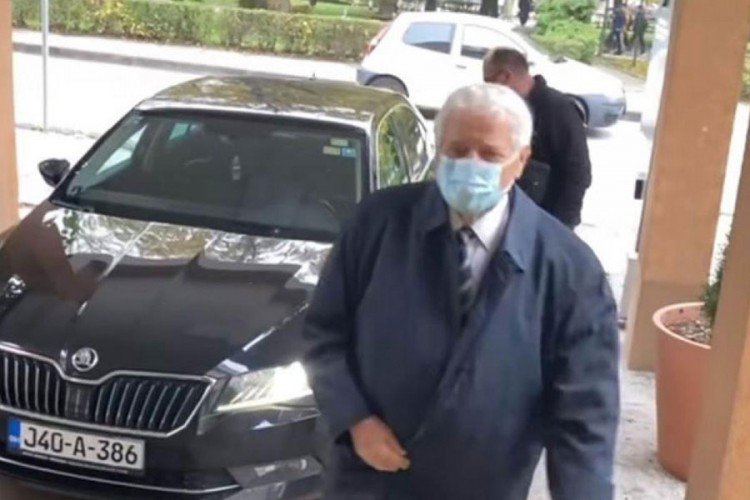Fikret Abdić se vratio na posao