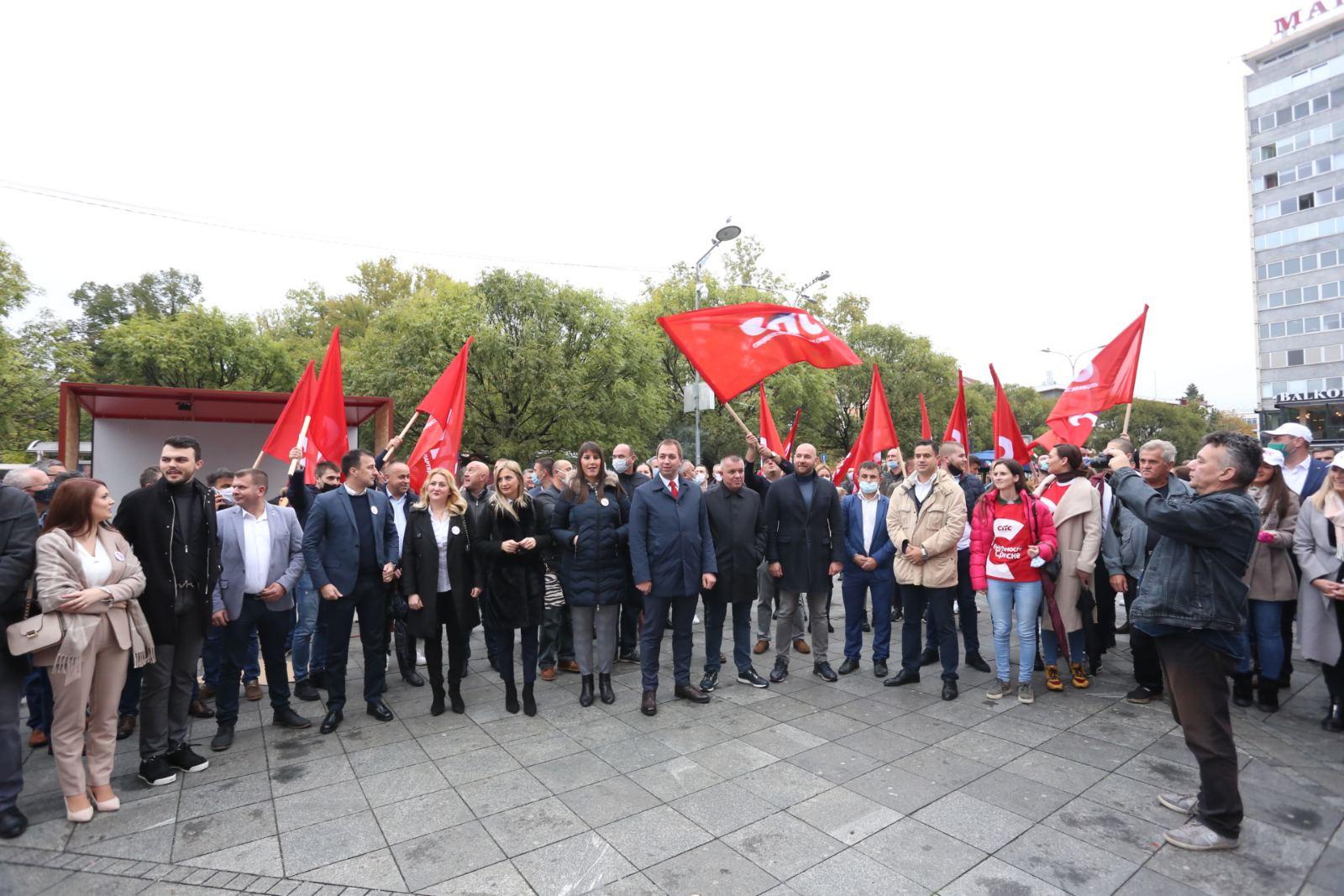SPS prvi počeli kampanju u Banjaluci