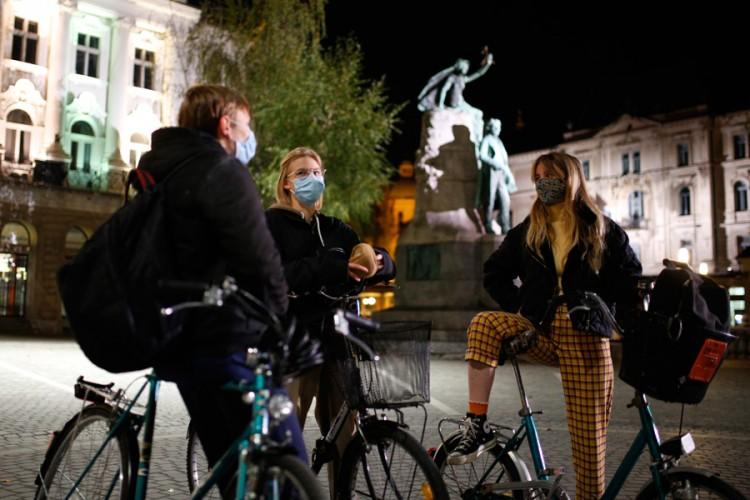U Sloveniji preminule 23 osobe, 1.798 zaraženo kovidom-19