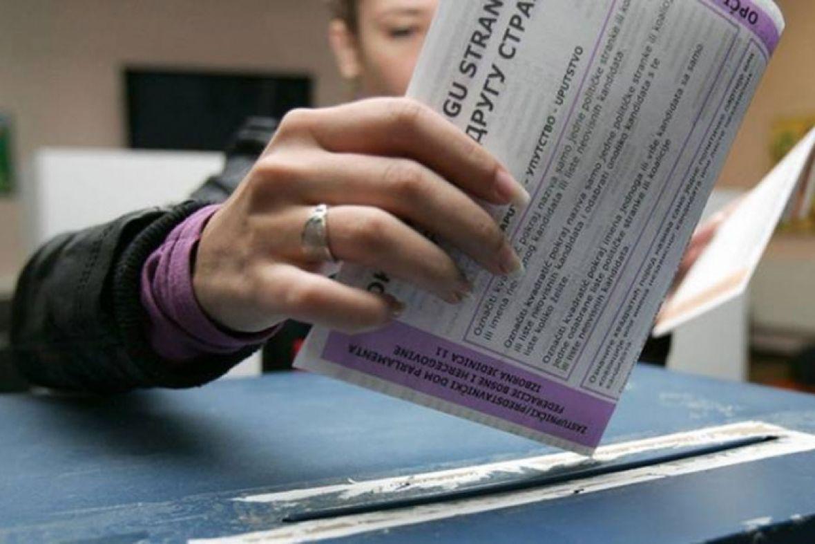 Hoće li porast zaraženih smanjiti izlaznost na izbore?