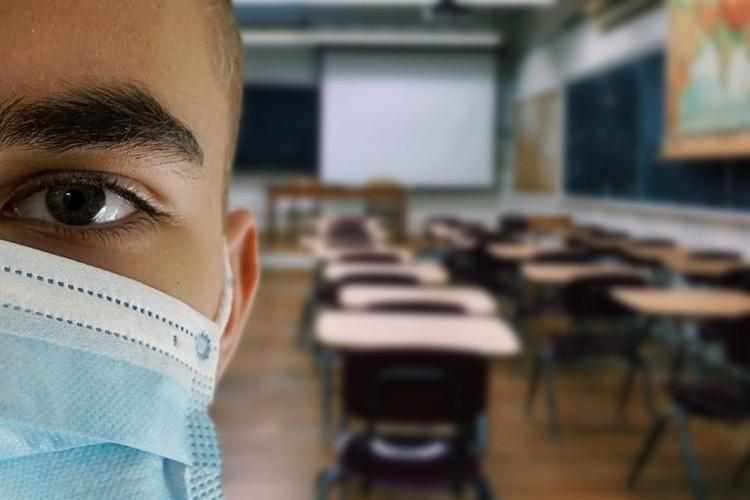 Međunarodne organizacije pozivaju da škole u pandemiji ostanu otvorene