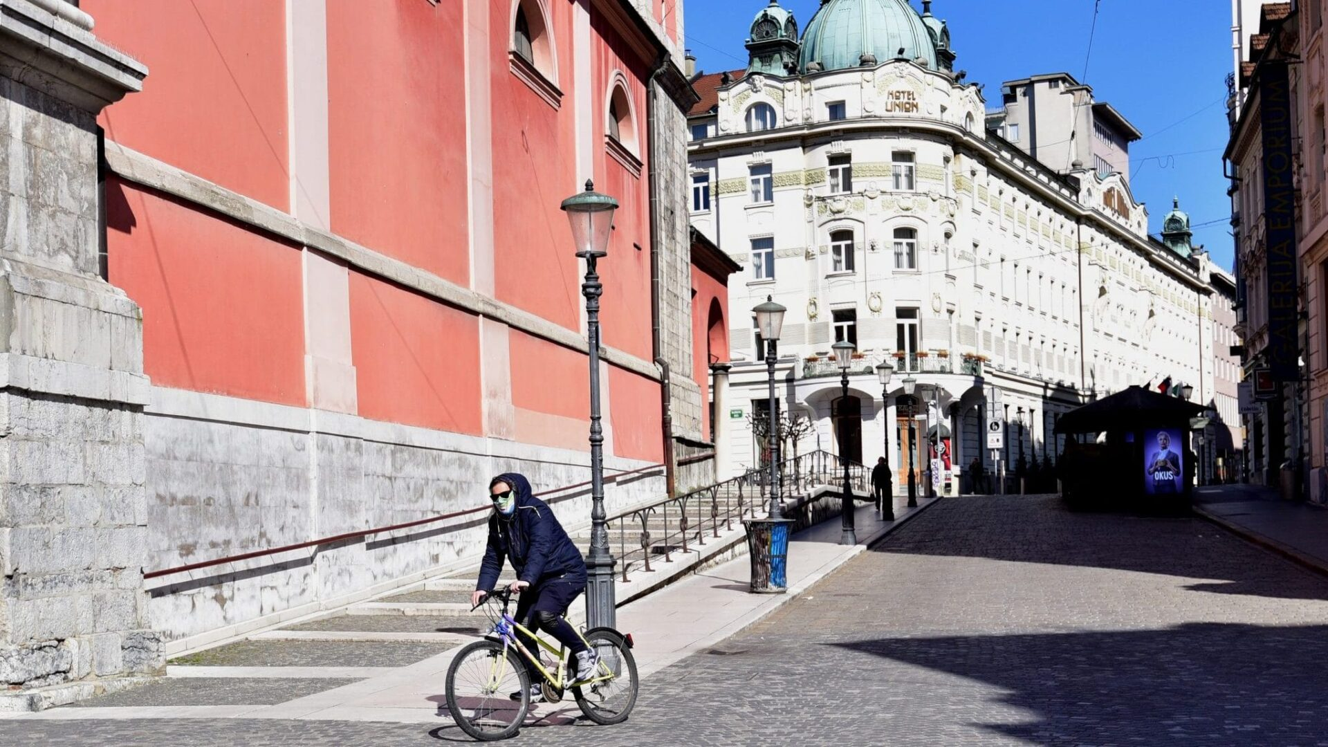 Slovenija uvela policijski čas