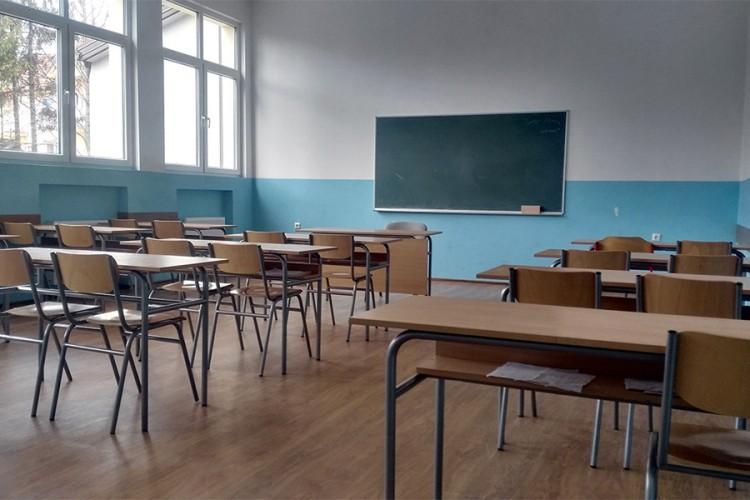 U izolaciji četvoro učenika u Bijeljini pozitivnih na virus korona