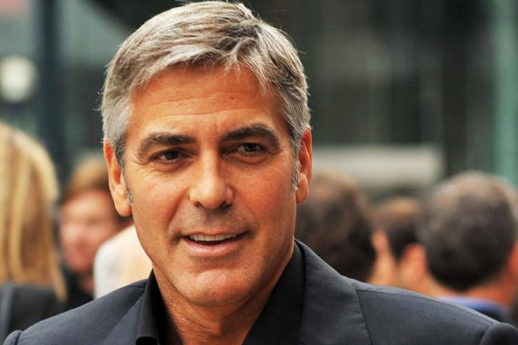 Džordž Kluni objasnio zašto je prijateljima poklonio po milion dolara