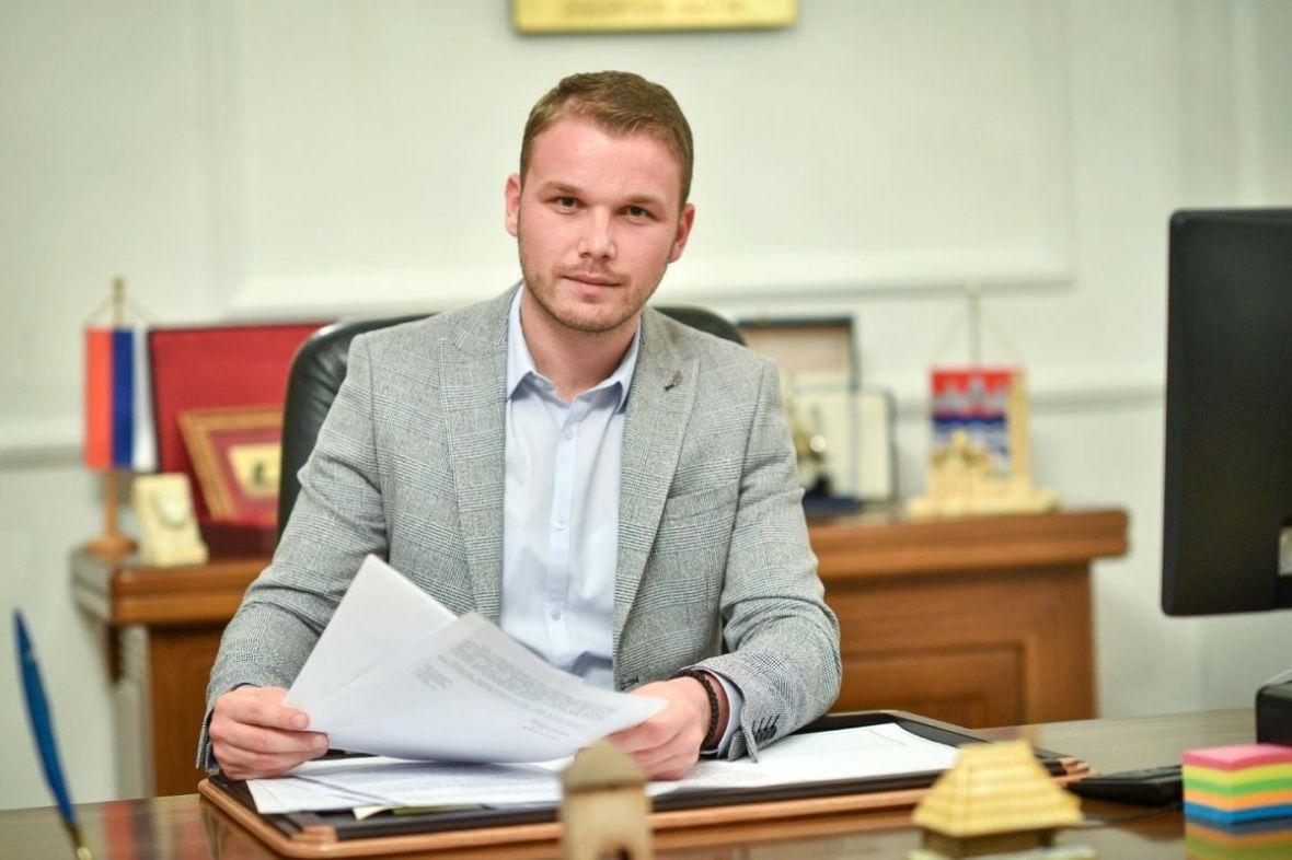 """Stanivuković: Restoran """"Kajak"""" izgrađen na gradskom zemljištu, biće srušen"""