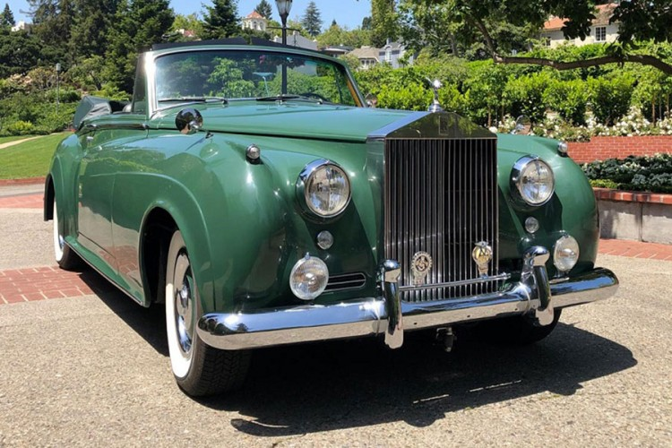 Rolls Royce Elizabet Tejlor prodaje se za 3 miliona dolara