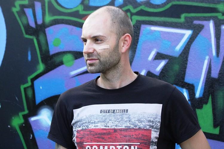 Socijalni radnik iz Tuzle daje besplatne savjete i podršku online