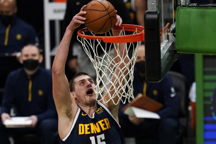 Denver poražen od Bostona i pored 43 poena Nikole Jokića
