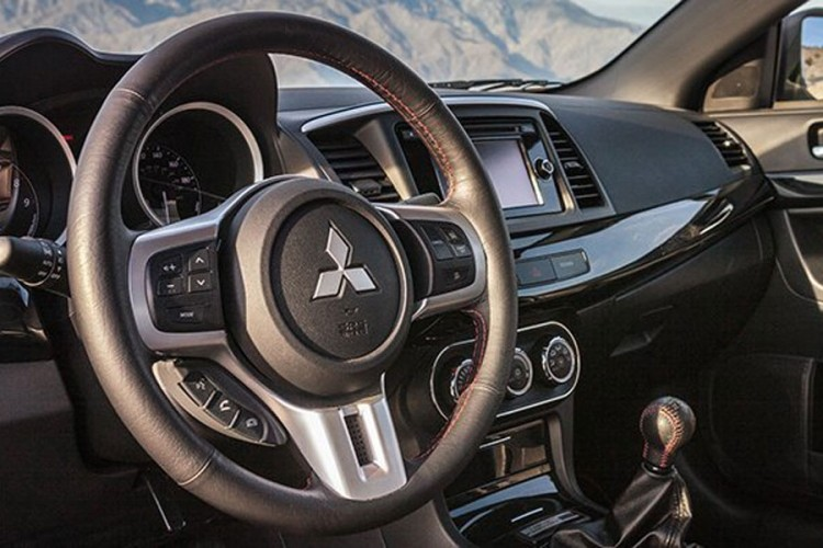 """Uhvaćen"" novi Mitsubishi Outlander"