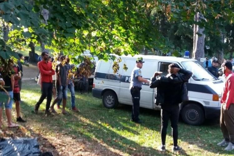 Izmještaju migrante iz Doma penzionera u Bihaću