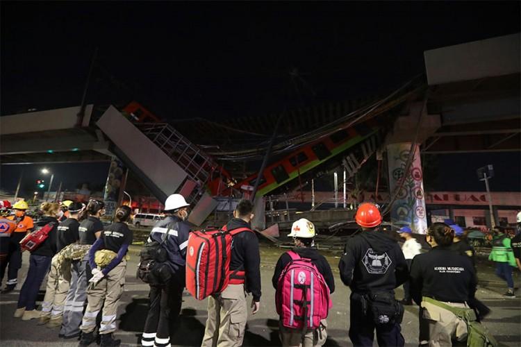 Srušio se nadvožnjak u Meksiku: 15 mrtvih, 70 povrijeđenih