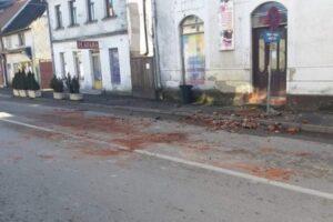 Za sanaciju štete od zemljotresa u Kostajnici potrebno 20 miliona KM