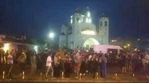 Incident u Podgorici, policija spriječila sukob ispred Hrama