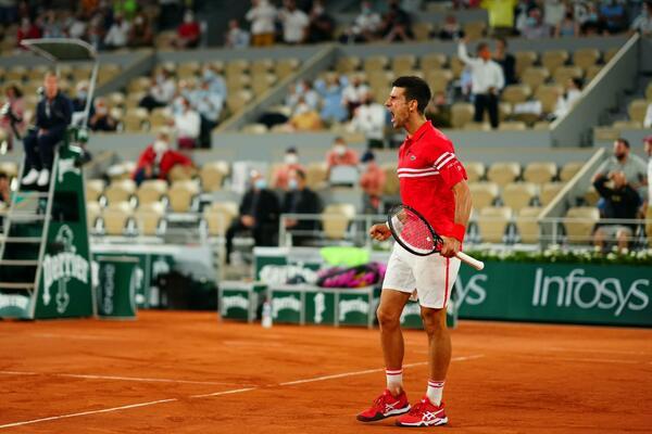 DOMINACIJA!!! ĐOKOVIĆ U EPSKOM MEČU SRUŠIO NADALA NA ROLAN GAROSU: Novak u nedelju za titulu igra protiv Cicipasa!